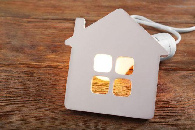 ¿Cómo ahorrar luz en tu casa?