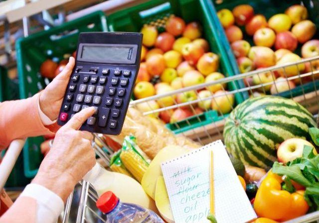Come risparmiare sulla spesa: i migliori consigli e trucchi per mangiare bene spendendo poco