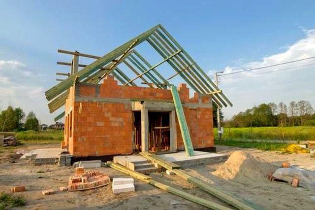 Ile kosztuje budowa domu - ceny i sposób oszczędzania na materiałach