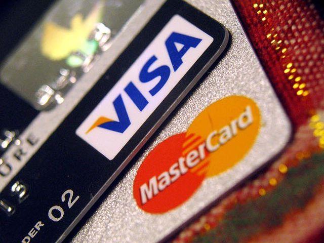 Visa czy MasterCard – różnice i którą kartę lepiej wybrać?
