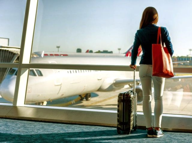 Easy Ways How to Save Money On Flights